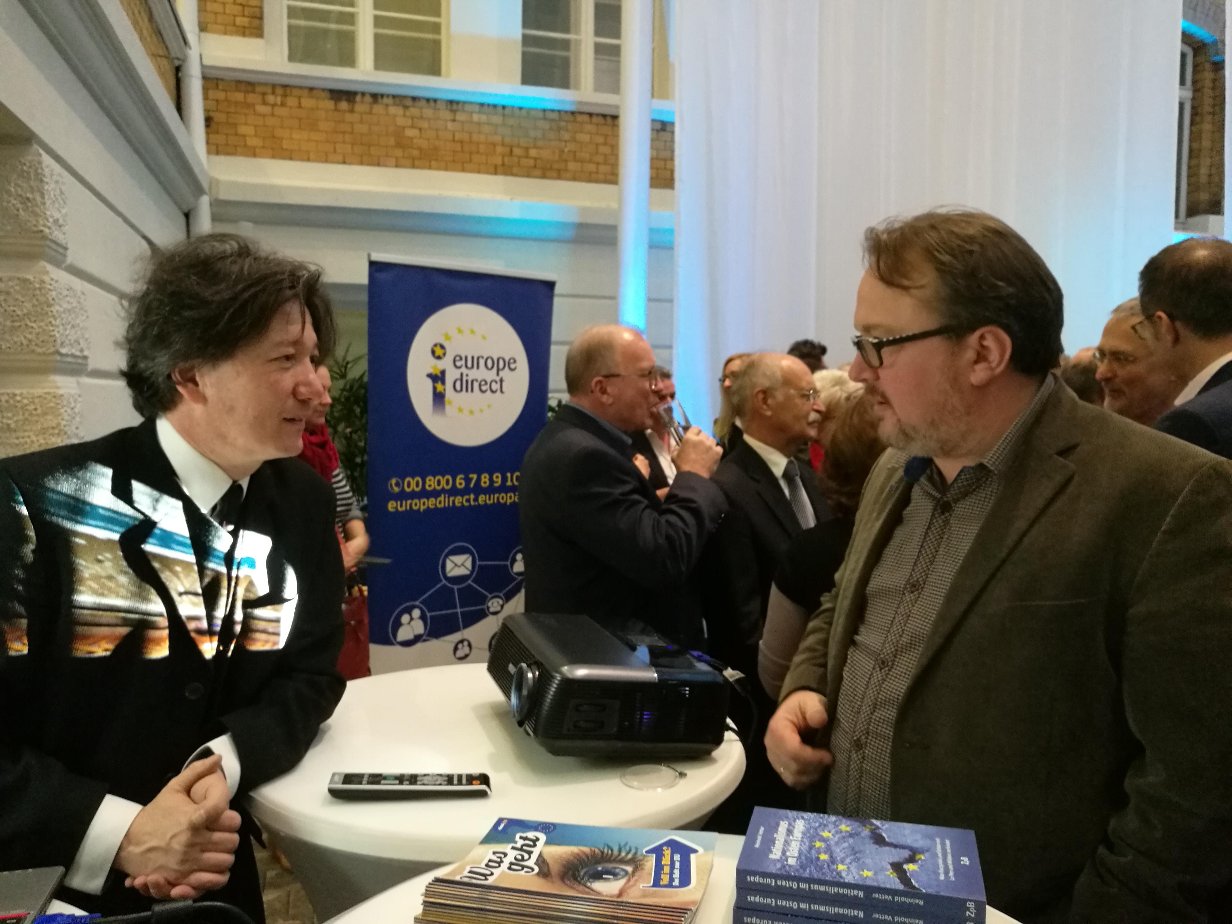 des EUROPE DIRECT Informationszentrum Sachsen-Anhalt und der ...