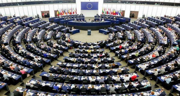 eu_parlament_plenum_600